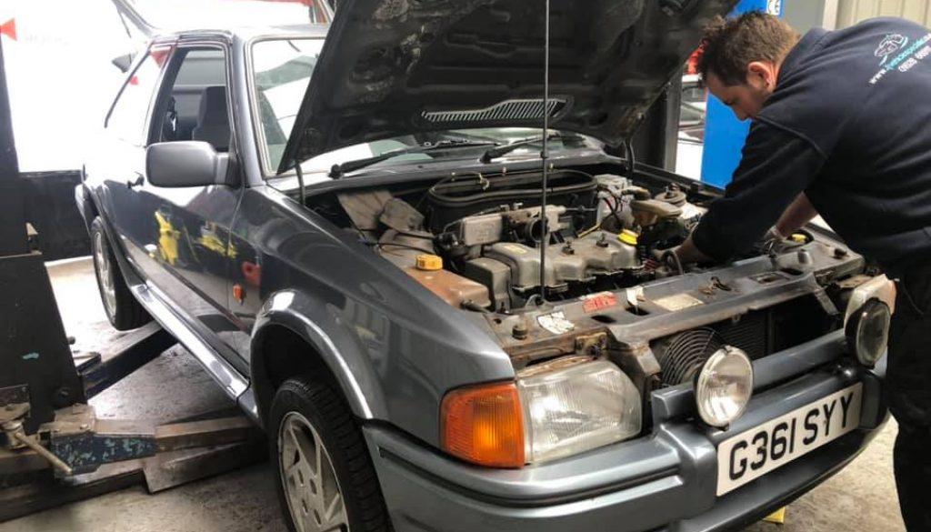 Escort Series 2 rs Turbo Car Restoration
